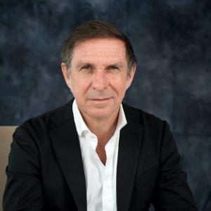 Portrait d'Hervé Navellou, Directeur général L'Oreal France